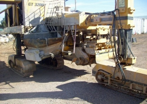 Gomaco Gt3200 Curb Machine Gutter Concrete Form Diggerslist