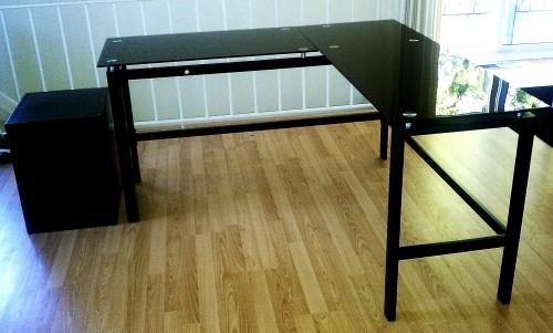 the best attitude 9d4af 59cc5 Black Glass L Desk | marjowsfotografie