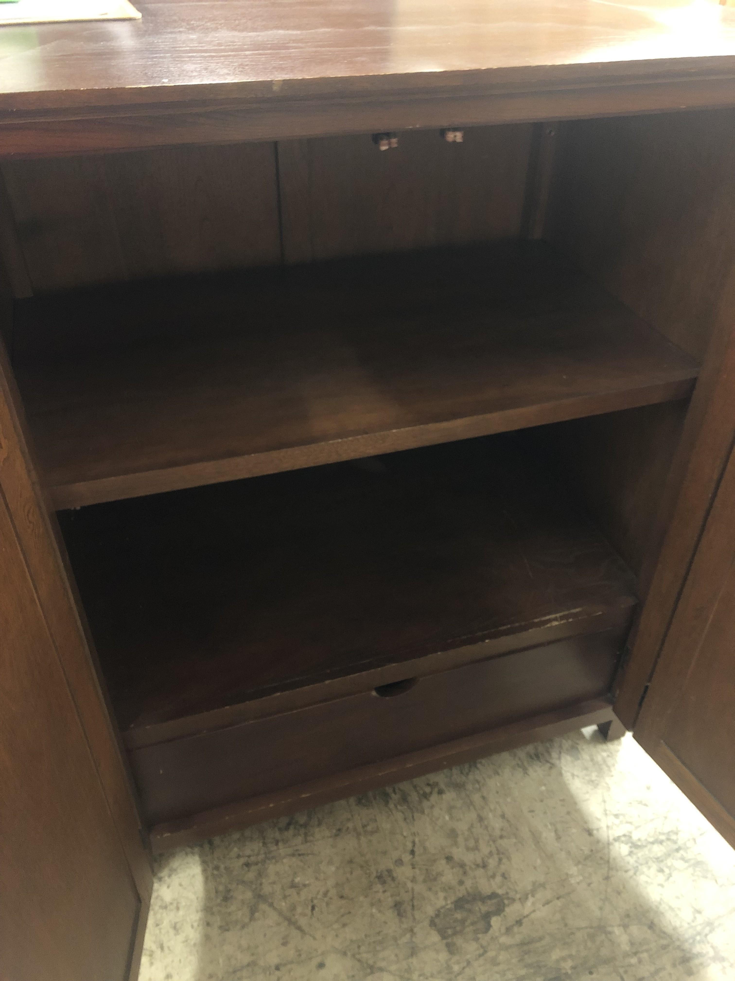 Wooden Storage Cabinetf340 Diggerslist