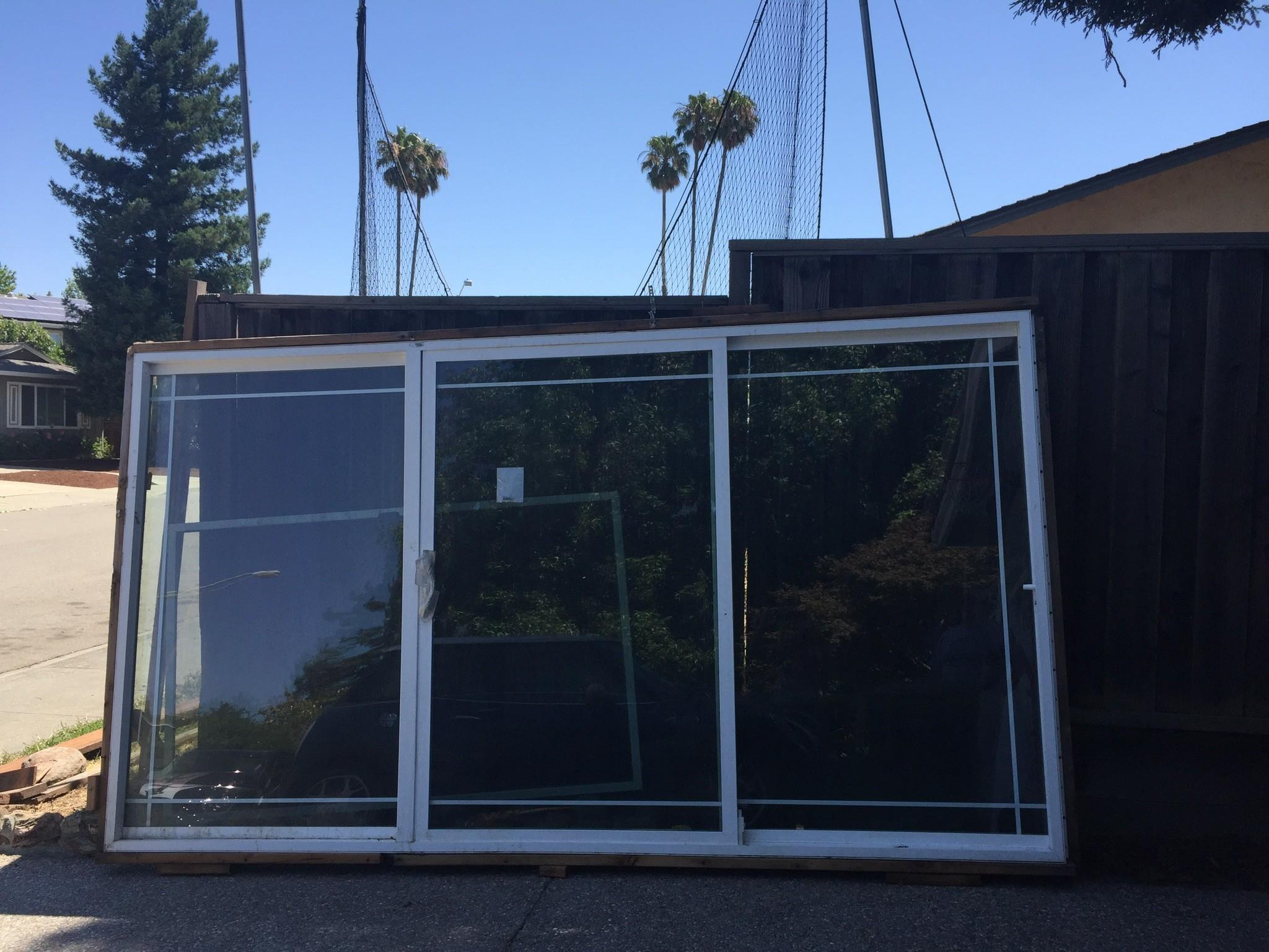 12 39 three panel sliding glass doorxox diggerslist for Three panel sliding glass door