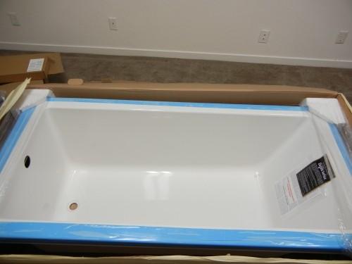 Amazing Hydro Systems Lacey Acrylic Tub   $500