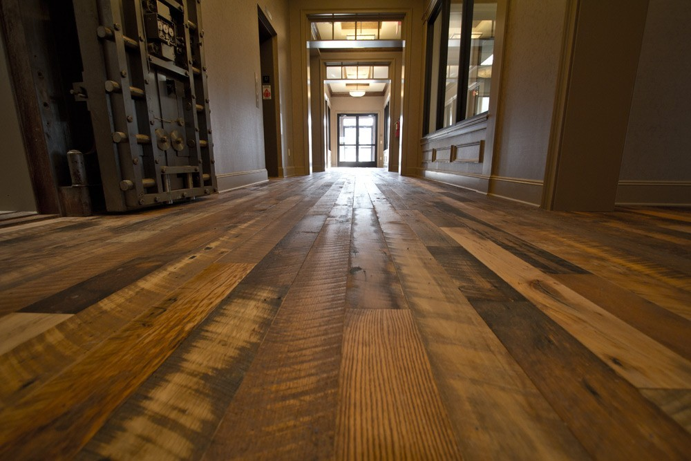 Reclaimed Wide Plank Barn Wood Flooring Barn Wood Flooring