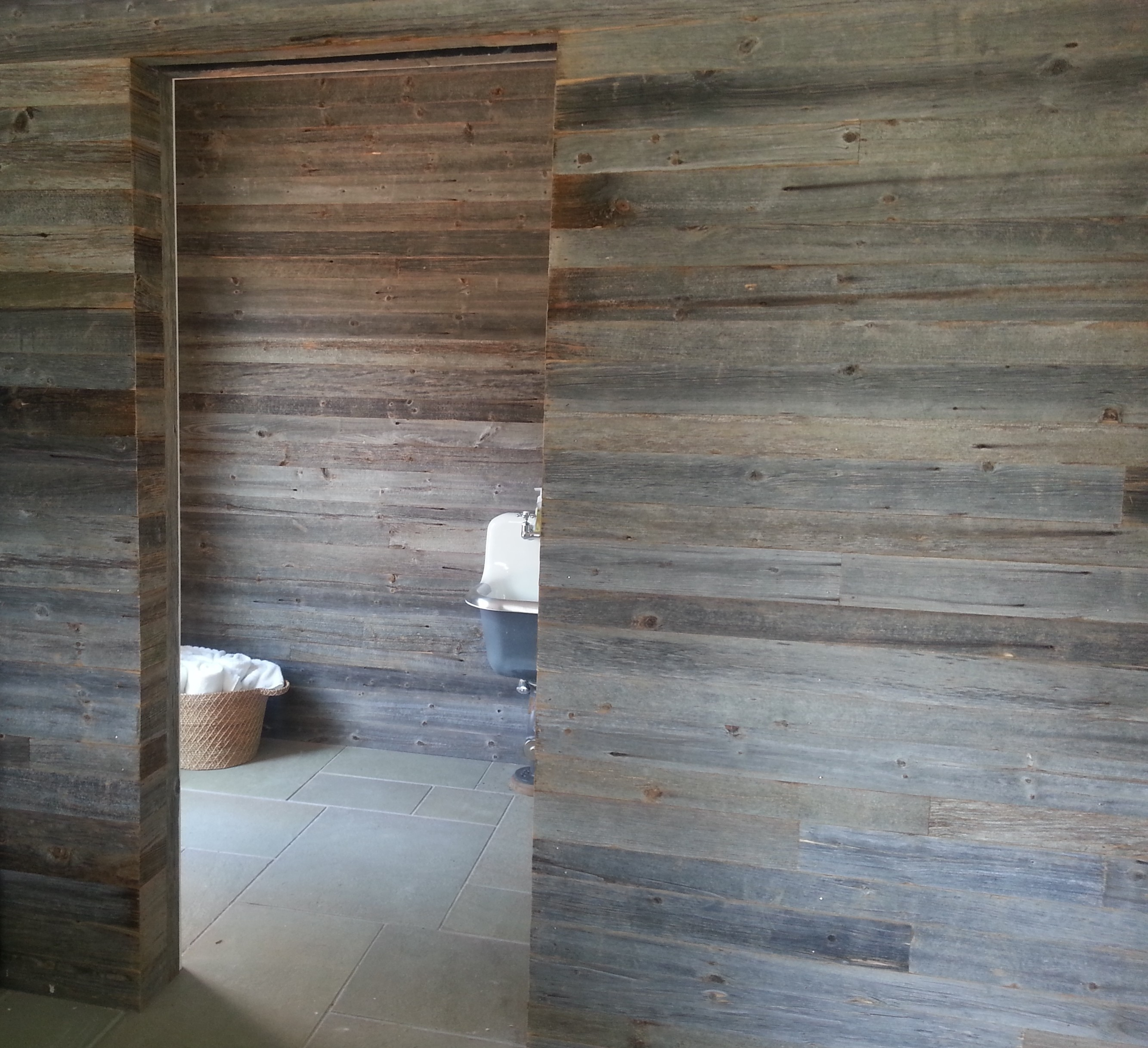Reclaimed barn wood siding rustic wood for walls ceiling for Reclaimed hardwood flooring los angeles