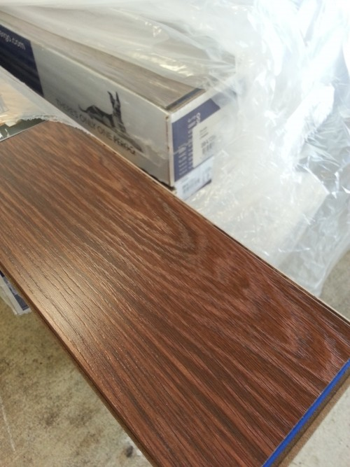 12mm Elegant Expressions Pergo Chocolate Flooring With Pad