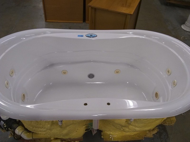 Trajet Whirlpool Tub | DiggersList
