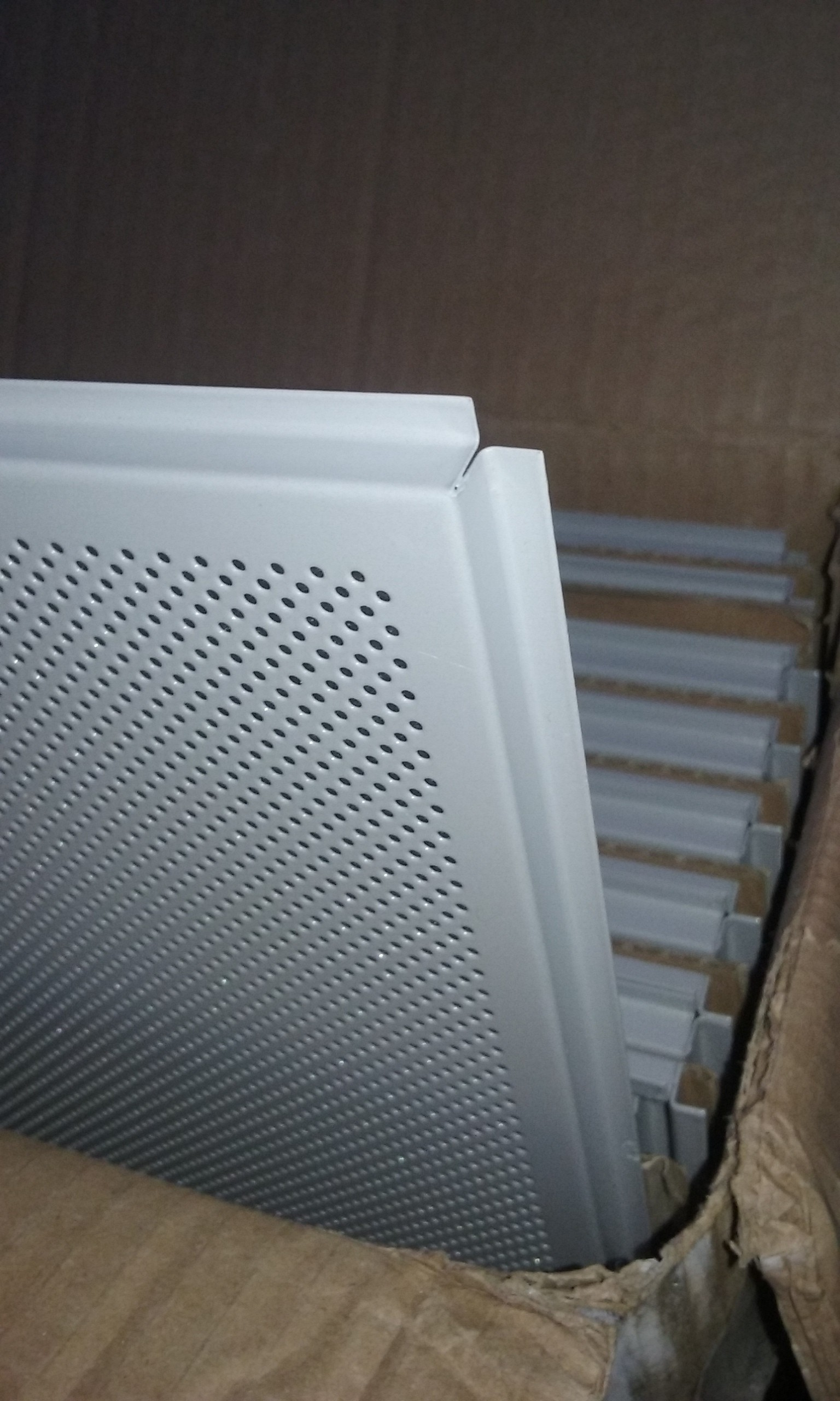 Armstrong Tegular Metal Ceiling Tiles 2 x 2 Pack of 16 | DiggersList
